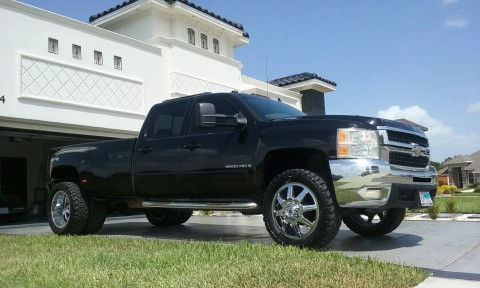 2008 Chevrolet C/K Pickup 3500 LTZ Crew Cab Dually for sale