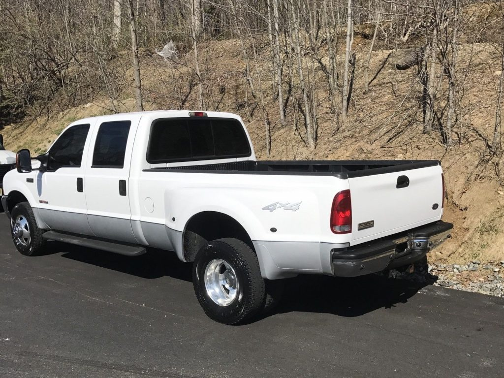 well serviced 2004 ford f 350 4 door crew cab dually for sale. Black Bedroom Furniture Sets. Home Design Ideas