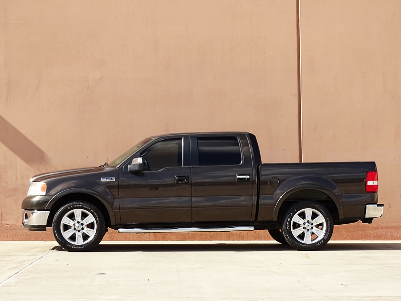 extra clean 2006 ford f 150 lariat crew cab for sale. Black Bedroom Furniture Sets. Home Design Ideas