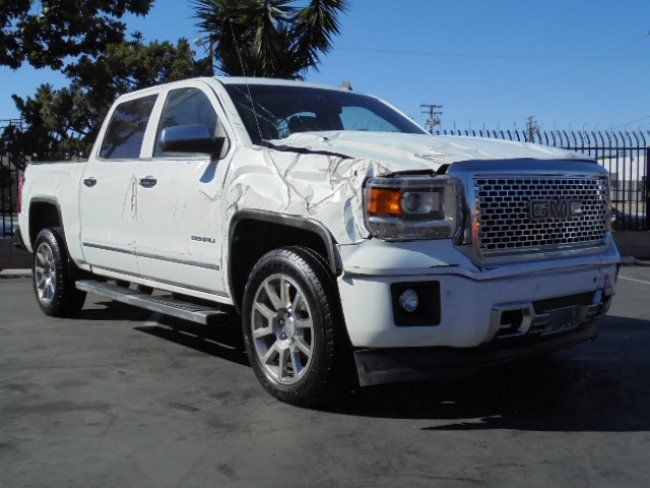 lightly damaged 2014 gmc sierra 1500 denali crew cab for sale. Black Bedroom Furniture Sets. Home Design Ideas