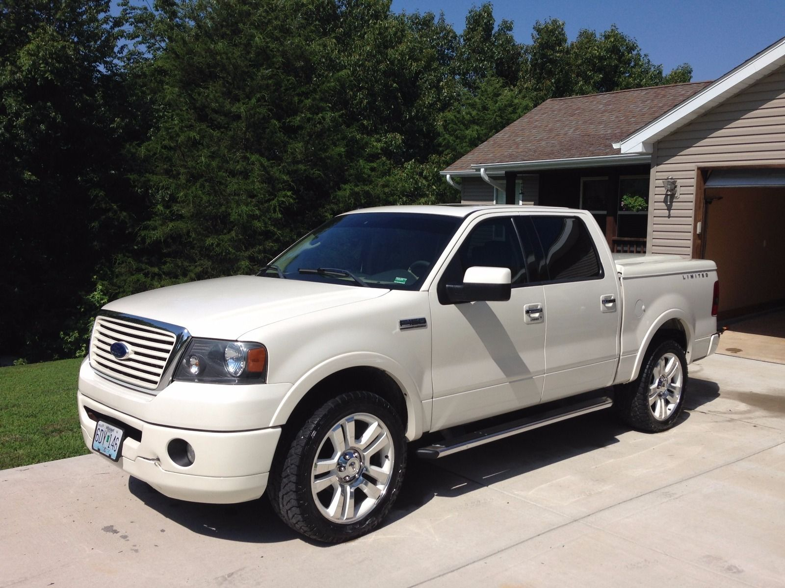 mint condition 2008 ford f 150 limited crew cab for sale. Black Bedroom Furniture Sets. Home Design Ideas