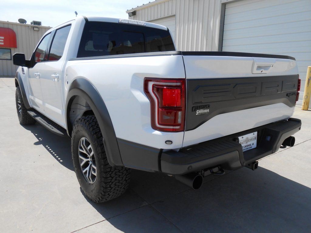 Fully optioned 2017 Ford F 150 Raptor Crew Cab Pickup
