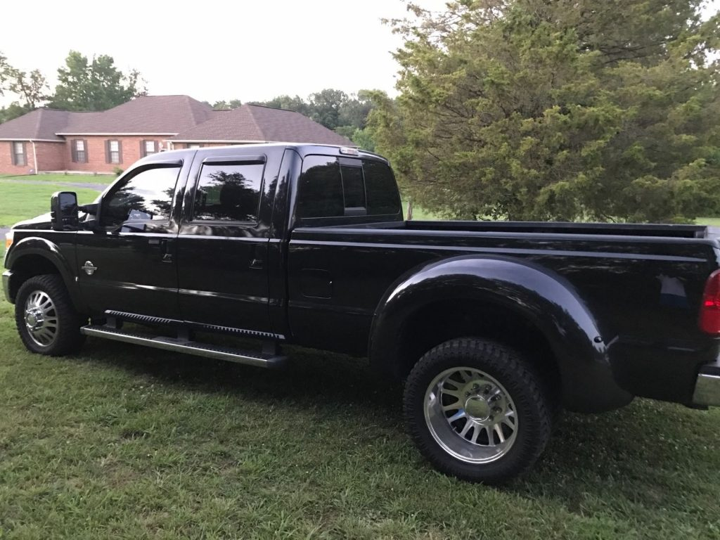 New tires 2011 Ford F 350 CREW CAB DRW Lariat 4×4