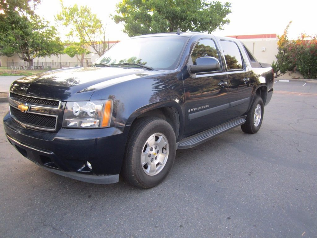 equipped 2007 chevrolet avalanche lt crew cab for sale. Black Bedroom Furniture Sets. Home Design Ideas