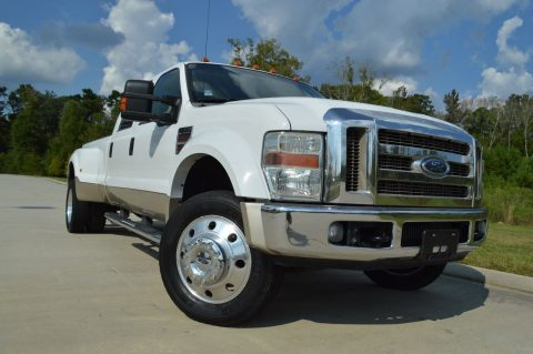 well kept 2008 Ford F 450 Lariat crew cab for sale