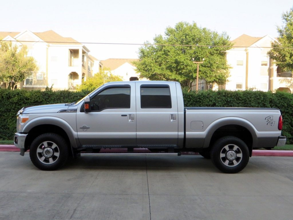completely stock 2011 Ford F 350 4×4 6.7L lariat crew cab