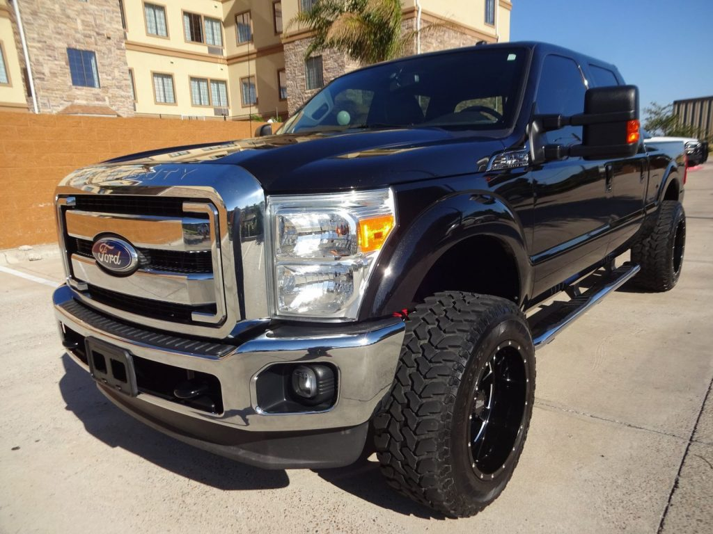 loaded 2011 Ford F 250 Lariat crew cab