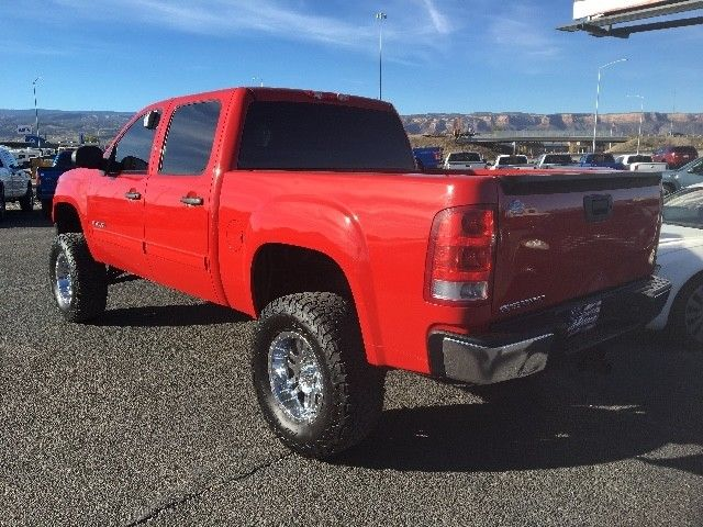 well equipped 2011 GMC Sierra 1500 SLE Crew Cab 4WD