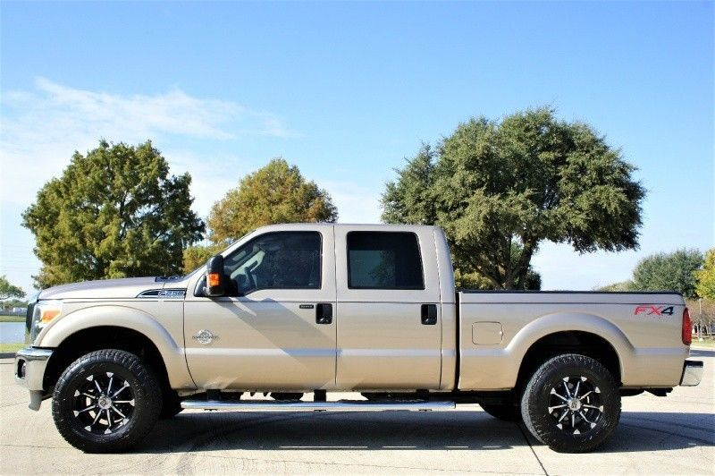 fully loaded 2012 Ford Pickups 4WD Crew Cab XLT