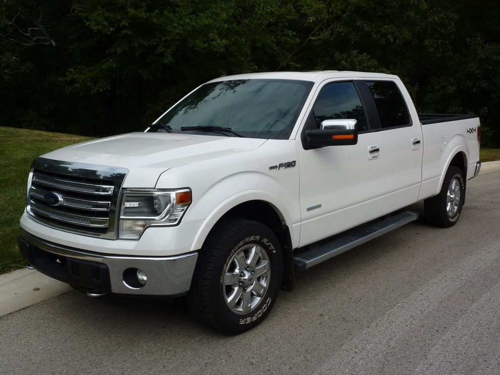 loaded 2014 Ford F 150 LARIAT crew cab