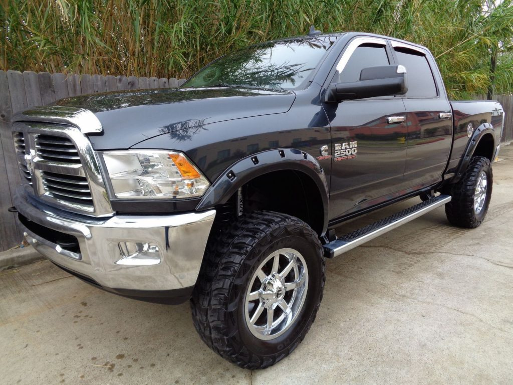very clean 2014 Ram 2500 Lone Star crew cab