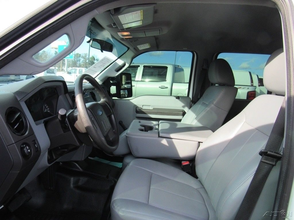 low miles 2015 Ford F 350 XL crew cab