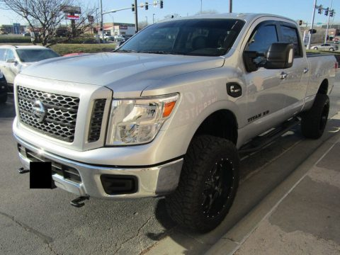 loaded 2016 Nissan Titan 4WD Crew Cab SV Diesel for sale