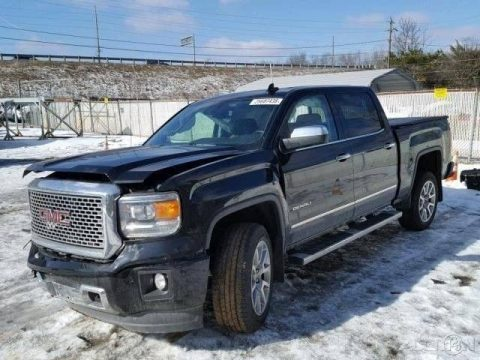 loaded, needs repair 2015 GMC Sierra 1500 Denali 4×4 4dr Crew Cab for sale