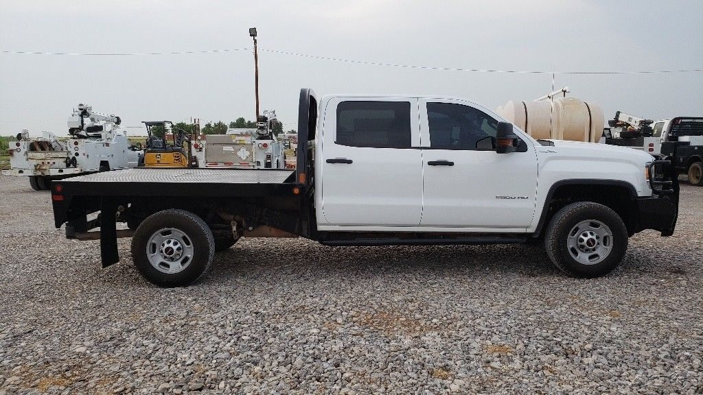 very clean 2016 GMC Sierra 2500 crew cab