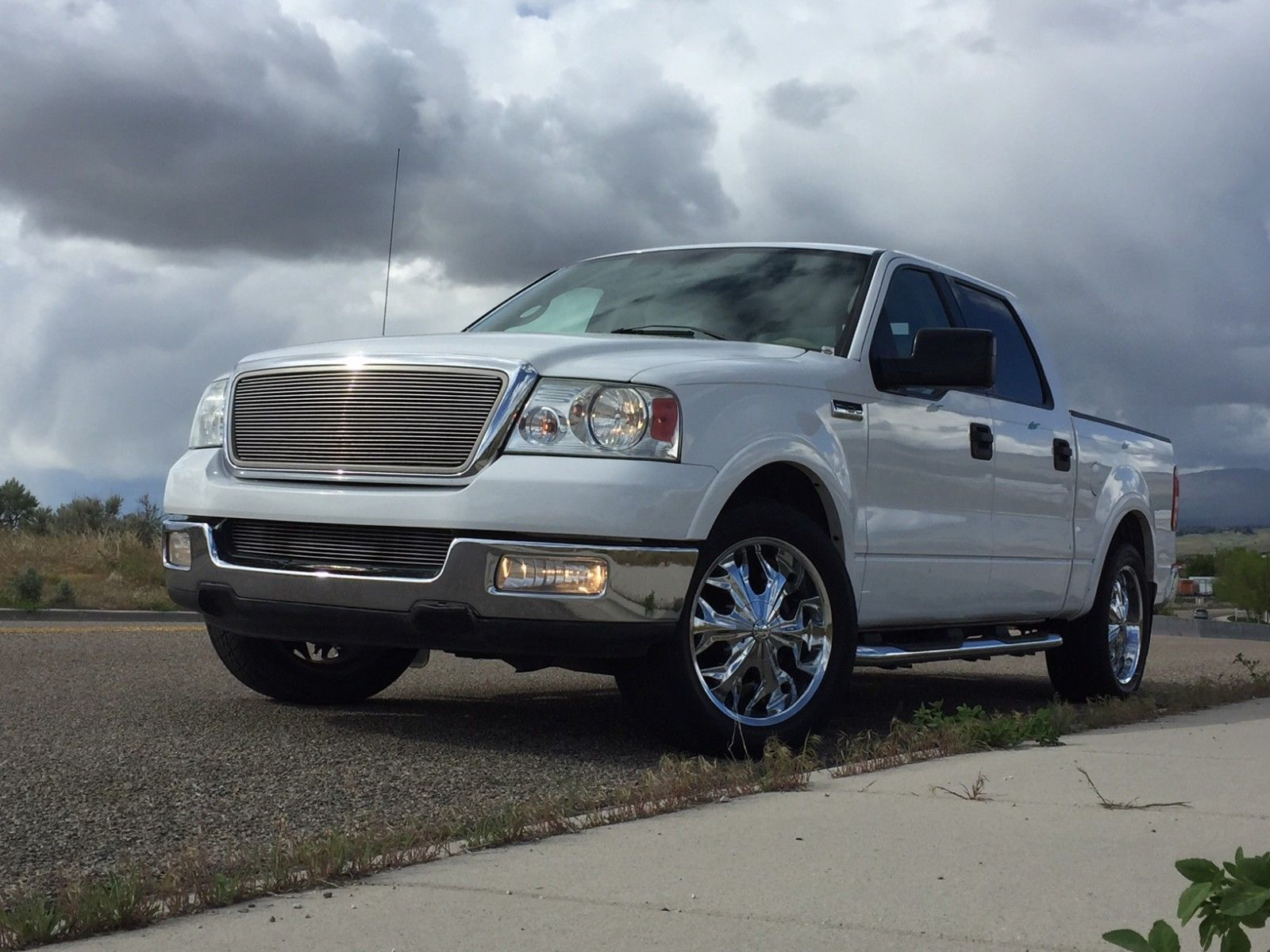 fully serviced 2004 ford f 150 lariat crew cab for sale. Black Bedroom Furniture Sets. Home Design Ideas