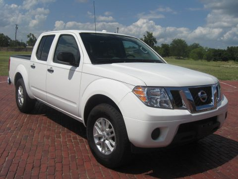 low miles 2017 Nissan Frontier crew cab for sale