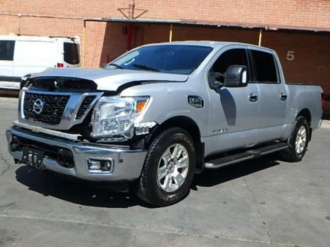 needs tlc 2017 Nissan Titan S Crew Cab for sale