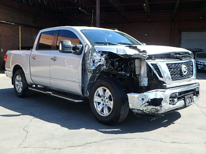 needs tlc 2017 Nissan Titan S Crew Cab