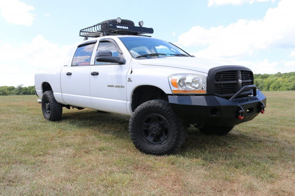 low miles 2006 Dodge Ram 2500 SLT