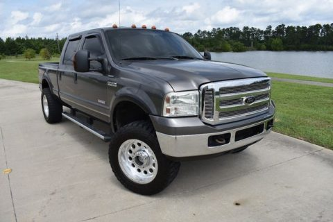 smoke free 2005 Ford F 250 Lariat crew cab for sale