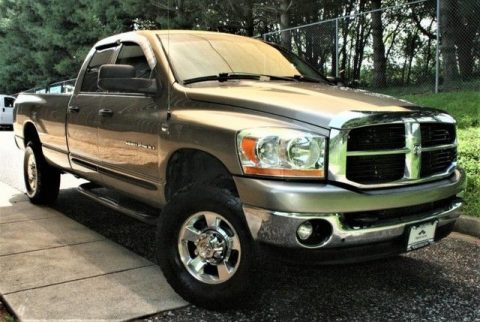 very clean 2006 Dodge Ram 2500 crew cab for sale
