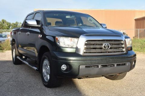 clean 2007 Toyota Tundra Limited Crewmax crew cabs for sale