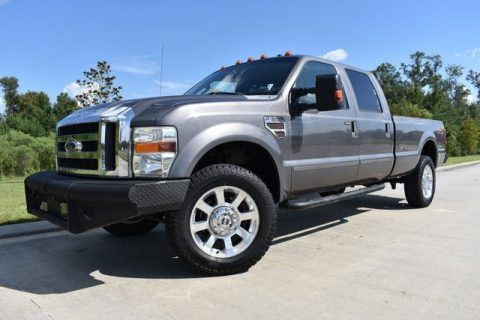 nice 2008 Ford F 350 Lariat crew cab for sale