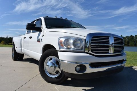 very nice 2008 Dodge Ram 3500 SLT crew cab for sale