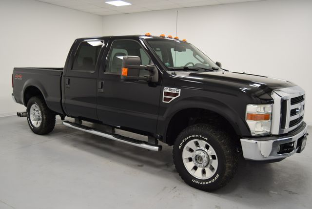well equipped 2008 Ford F 250 Lariat crew cab