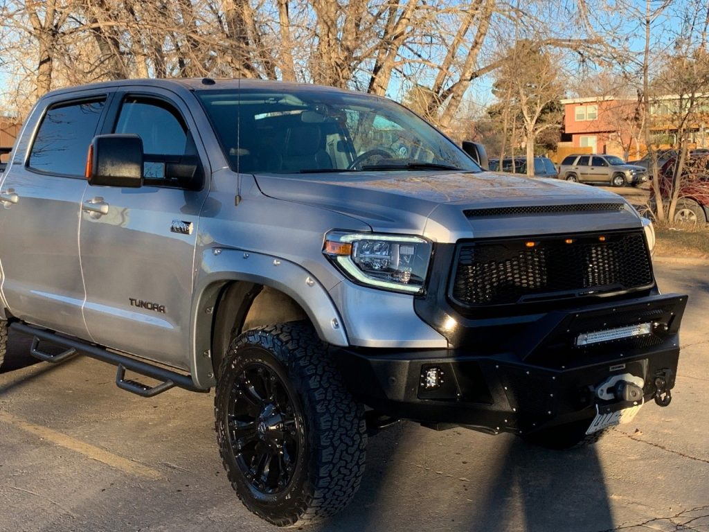 loaded 2014 Toyota Tundra Limited crew cab