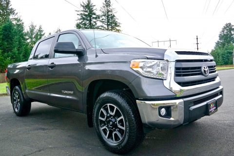 loaded with options 2014 Toyota Tundra SR5 crew cab for sale