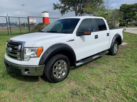 low miles 2009 Ford F 150 XLT crew cab for sale