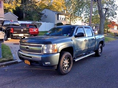regularly maintained 2009 Chevrolet Silverado 1500 LT crew cab for sale