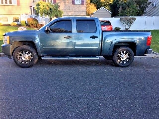 regularly maintained 2009 Chevrolet Silverado 1500 LT crew cab