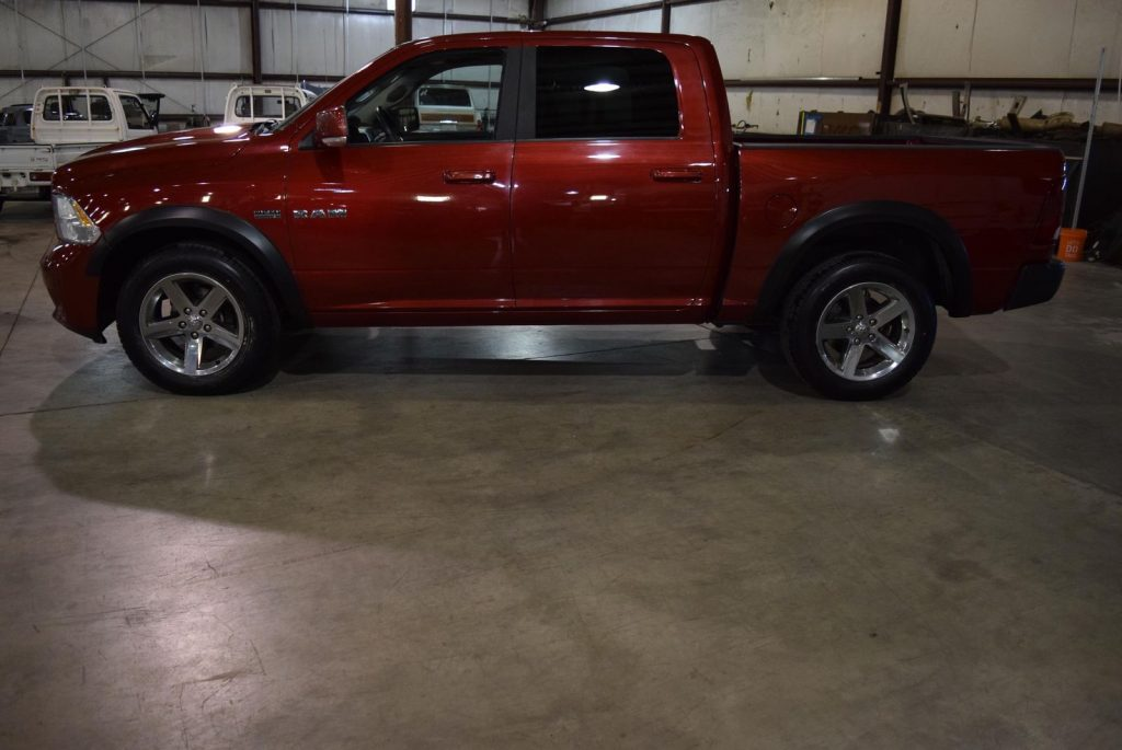 super clean 2010 Dodge Ram 1500 Sport crew cab