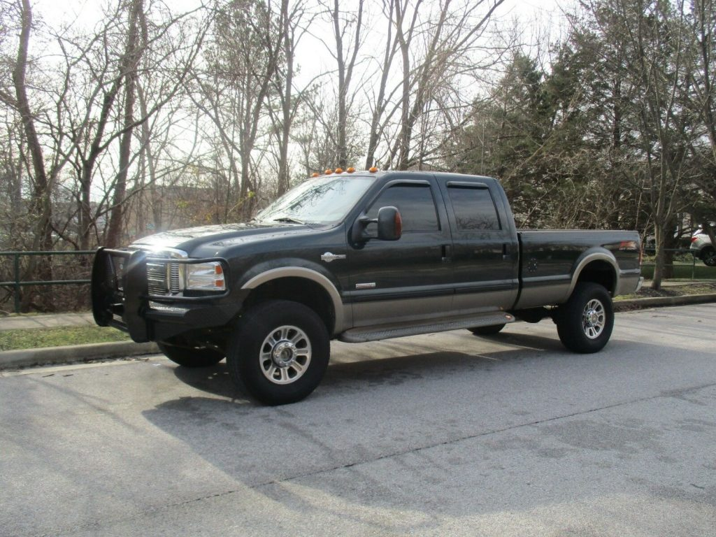 great running 2005 Ford F 350 KING RANCH crew cab