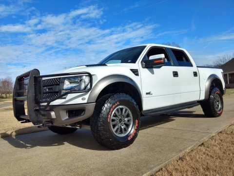 great shape 2011 Ford F 150 Raptor SVT crew cab for sale