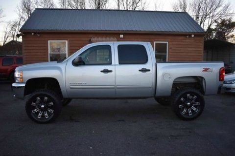 very clean 2012 Chevrolet Silverado 1500 crew cab for sale