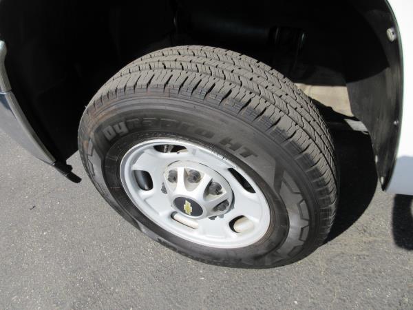 clean 2012 Chevrolet C2500 DSL 4X4 crew cab