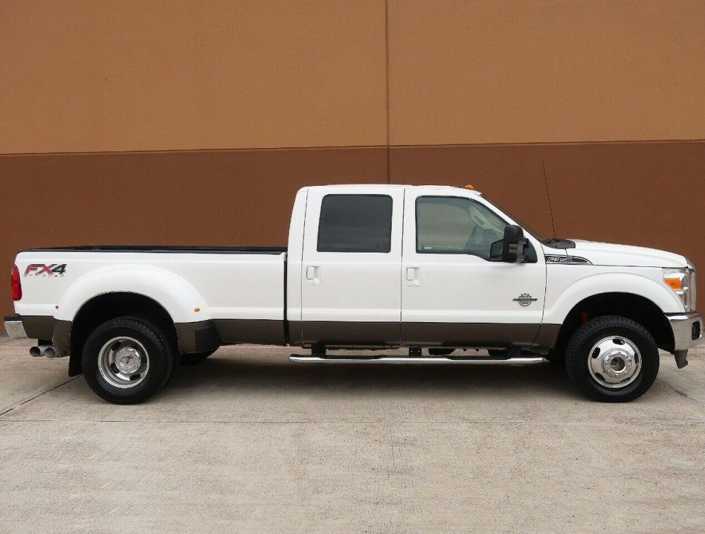 nice and clean 2012 Ford F 350 Lariat crew cab