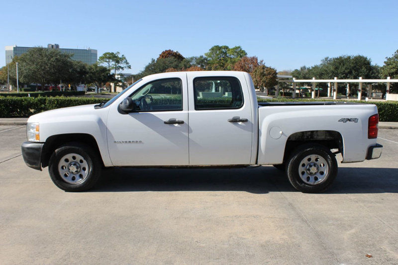 well equipped 2012 Chevrolet Silverado 1500 Crew Cab