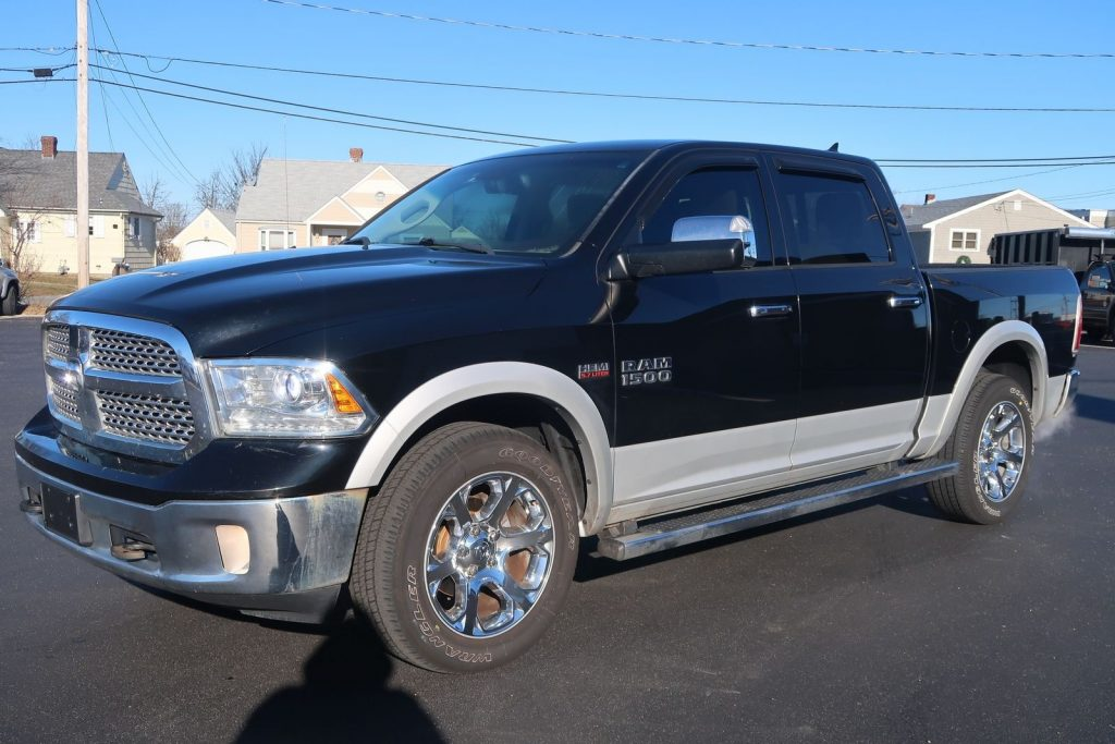 great shape 2013 Ram 1500 Laramie crew cab