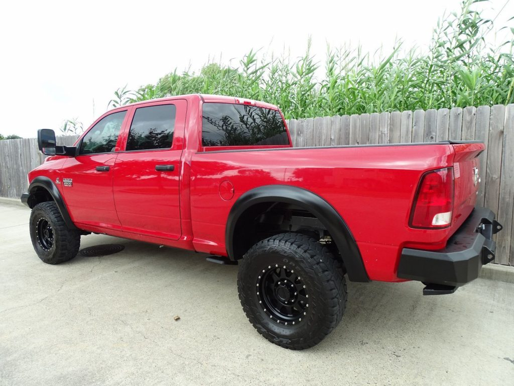 well equipped 2012 Dodge Ram 2500 ST crew cab