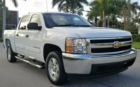 well optioned 2013 Chevrolet Silverado 1500 LT crew cab for sale