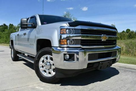 very nice 2015 Chevrolet Silverado 2500 LT crew cab for sale