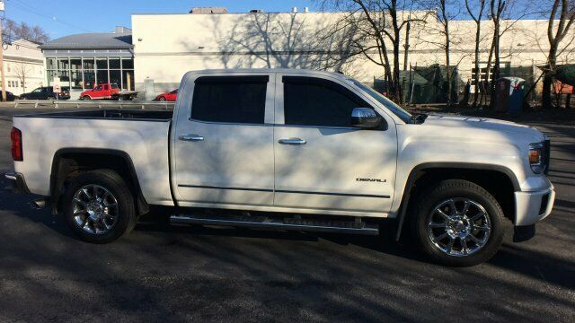 well equipped 2014 GMC Sierra 1500 Denali crew cab