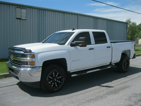 amazing shape 2016 Chevrolet Silverado 2500 crew cab for sale