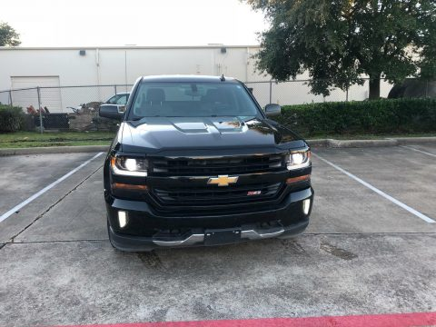 excellent shape 2016 Chevrolet Silverado 1500 Z71 crew cab for sale