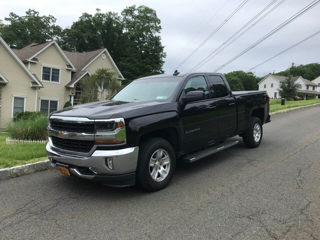 great shape 2016 Chevrolet Silverado 1500 LT crew cab